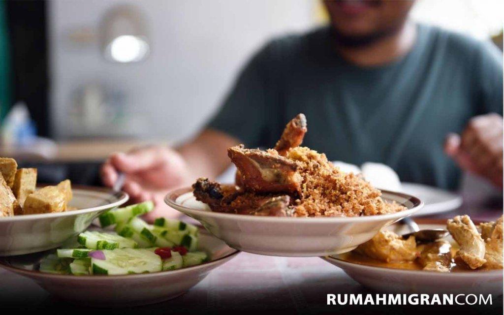 Tempat Menjual Makanan Indonesia